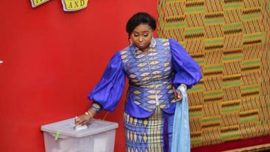 Photo of I had no motivation to vote against Prof Oquaye – MP Adwoa Safo
