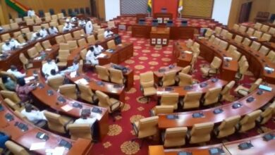 Photo of NPP MPs troop to Parliament at 4am ahead of second sitting