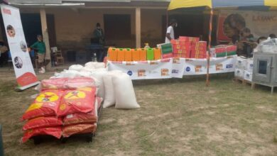 Photo of Anloga/VR: FFAA Donates to Bomigo Basic School
