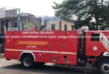 Photo of Fire razes storey building in Adabraka