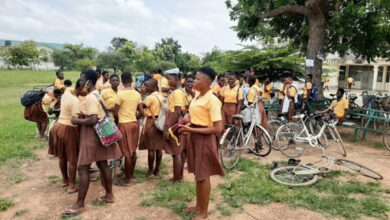 Photo of Headmistress prevents five pregnant students from writing BECE