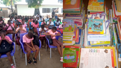 Photo of V/R: National Readers' Association Supports Anloga Library With Books.