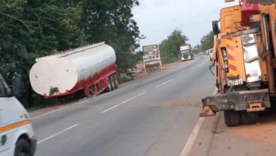 Photo of Three perish, five injured in fuel tanker accident