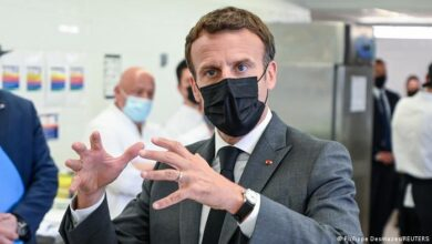 Photo of French President Emmanuel Macron receives hot slap from angry man