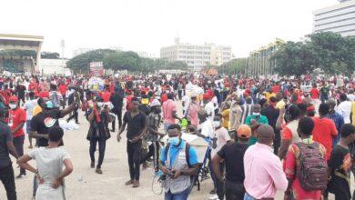 Photo of #FixTheCountry protestors ignore COVID-19 protocols