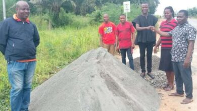 Photo of Akatsi South Municipal Youth Parliament donates for the construction of speed rumps
